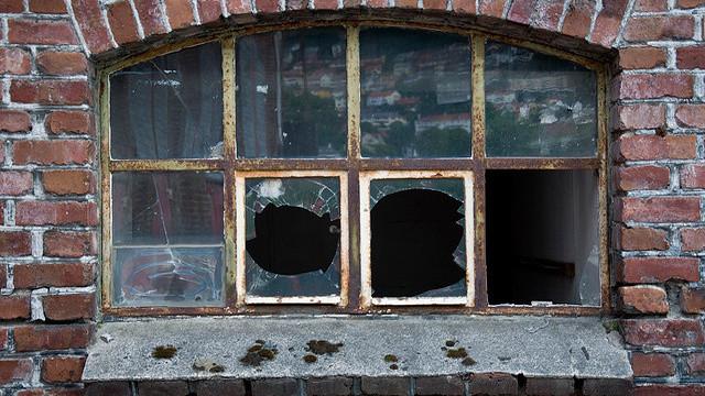 rüyada cam kırılması 1